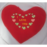 01102.3 Червено плюшено сърце с бродерия 28 см