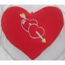 01102.5 Червено плюшено сърце с бродерия 28 см
