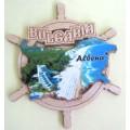 02084  Дървен магнит карта на България с рул и изглед от Албена 9 см