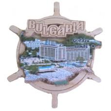 02085  Дървен магнит карта на България с рул и изглед от Златни пясъци 9 см