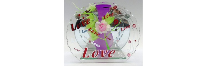14320.6 Ваза Love стъклена 15см
