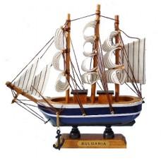 15083 Кораб дървен 15см
