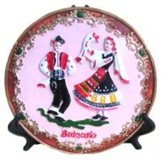 15188 Чиния полирезинова с национални носии 15см