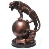 16048 Леопард на топка 23 см
